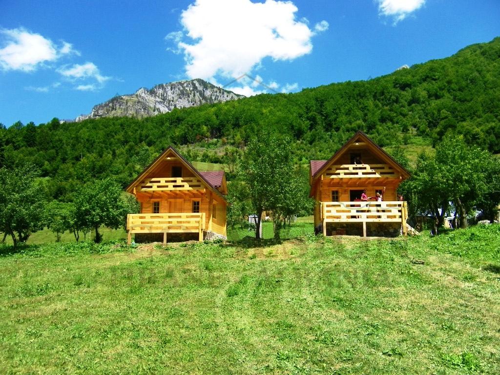 Villa a vermosh albania eco alsion for Planimetria casa tradizionale giapponese
