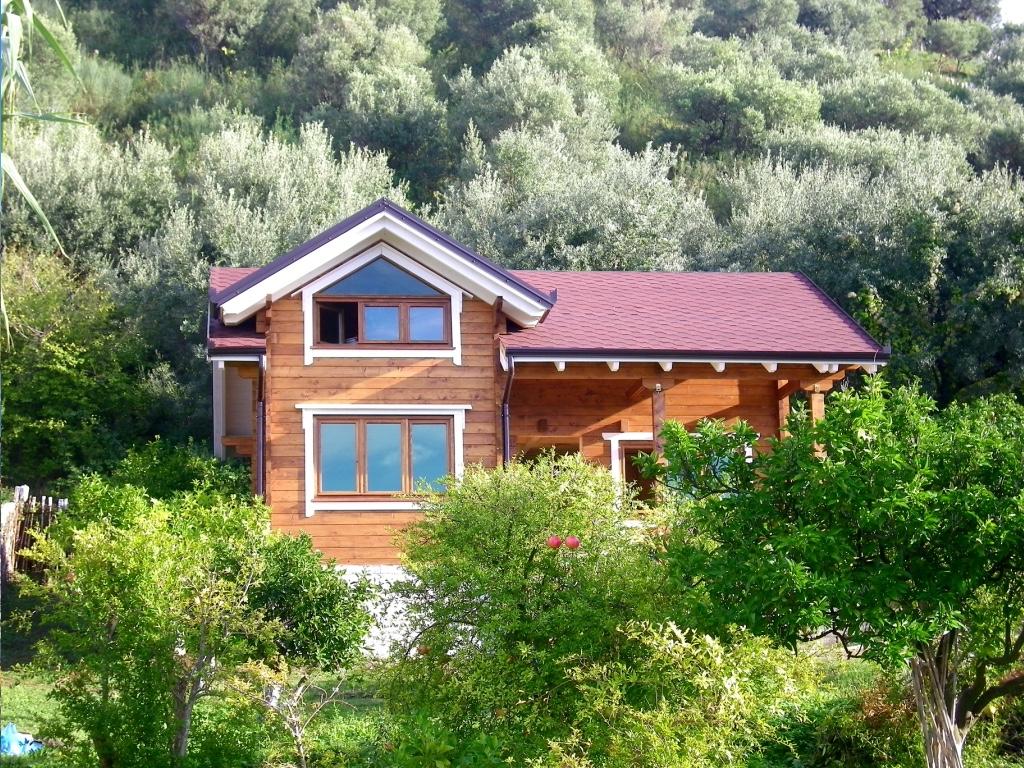 Casa in vlora albania eco alsion for Planimetria casa tradizionale giapponese